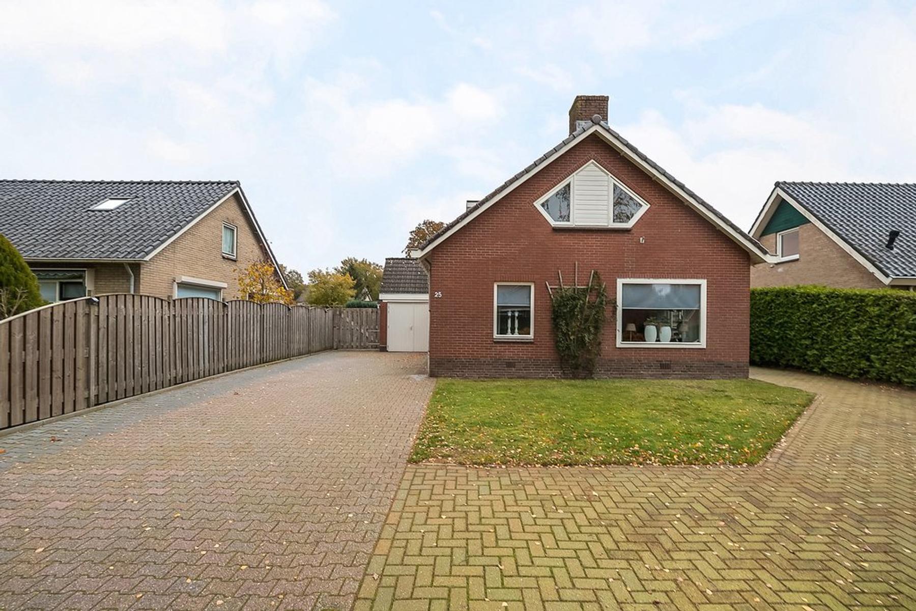 Johan Clemmestraat 25 in Marienberg 7692 AP