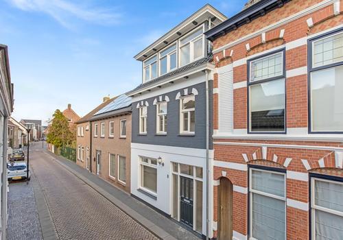 Kaaistraat 8 in Oudenbosch 4731 LX