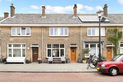 Weststraat 50 in 'S-Gravenhage 2584 RM