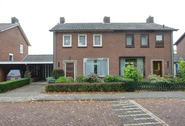 Dr Hoijngstraat 8 in Bemmel 6681 XL