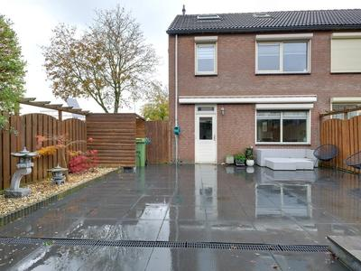 Anjerstraat 77 in Lobith 6915 SM