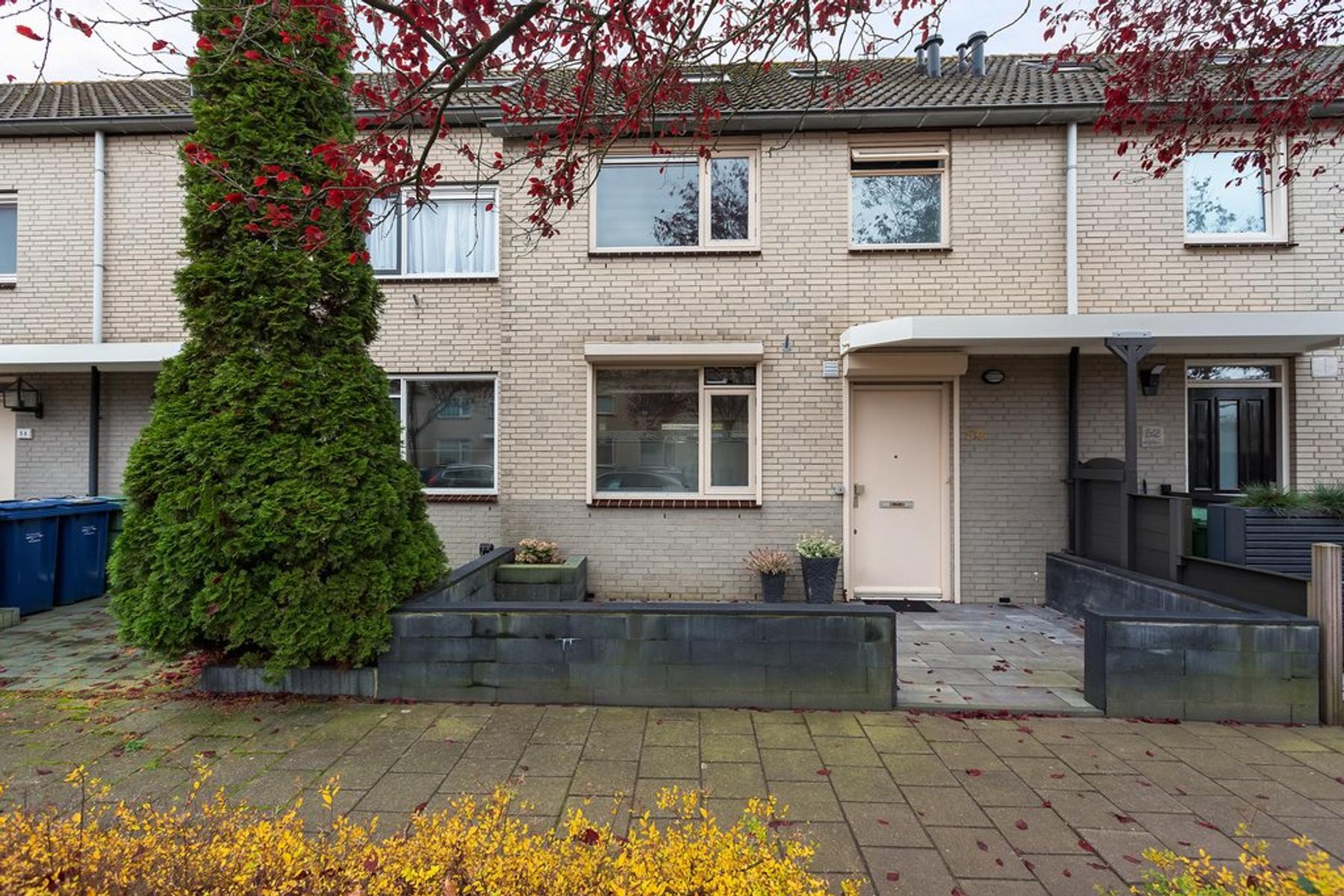 Gustaaf Gelderstraat 54 in Almere 1318 BD