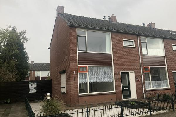 Oranje Nassaustraat 52 in Bovenkarspel 1611 EC