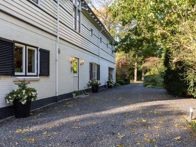 Vleysmanlaan 18 in Wassenaar 2242 PN