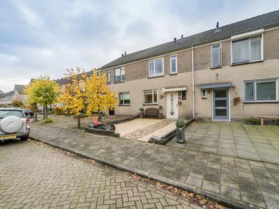 Ida Gerhardtstraat 32 in Kampen 8264 DW
