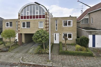 Castorweg 318 in Hengelo 7557 KT