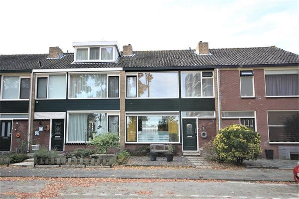 Martinus Nijhoffstraat 4 in Papendrecht 3351 CT
