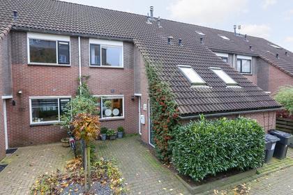 Zetveld 115 in Heerenveen 8447 BC