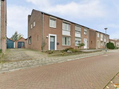 Oranjestraat 28 in Venray 5802 BH