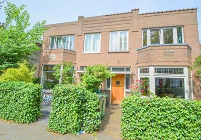 Hoofmanstraat 2 in Haarlem 2013 DR