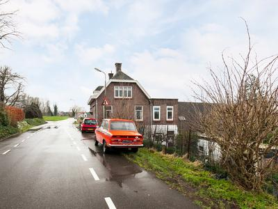 Ooster Lekdijk 57 A in Krimpen Aan De Lek 2931 AM