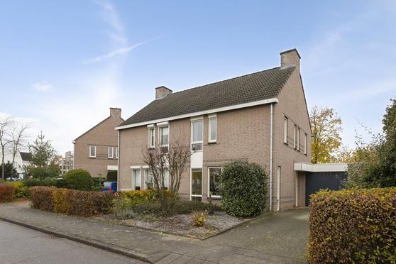 Johannes Xxiii-Singel 74 in Heerlen 6416 HV