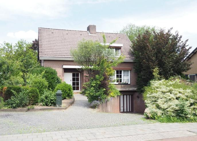 Burgemeester Geradtsstraat 48 in Posterholt 6061 GP