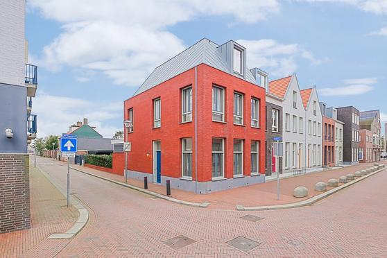 2E Vroonstraat 85 in Den Helder 1781 LN