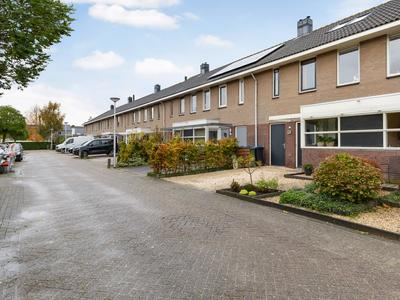 Moerweide 19 in Reeuwijk 2811 JC