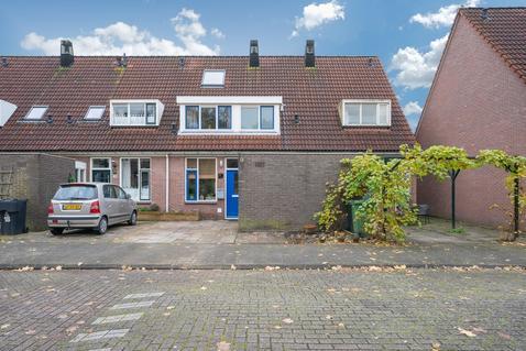 Vlaanderenstraat 16 in Alkmaar 1827 AC