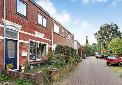 Leeghwaterstraat 124 in Hilversum 1221 BJ