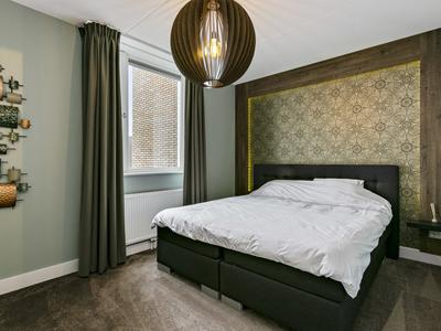 Roomweg 128 in Enschede 7523 BS