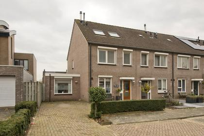 Johanna Naberstraat 28 in Tiel 4003 ZX