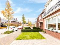Binnenwaard 2 in Wijk En Aalburg 4261 MA