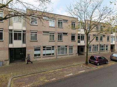 Loosduinse Hoofdstraat 650 in 'S-Gravenhage 2552 BH