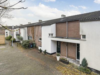 Tolheksbos 122 in Hoofddorp 2134 GC