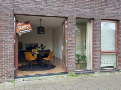 Eendenkooi 50 in Alphen Aan Den Rijn 2408 SL