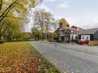 Voorweg 60 in Hoogvliet Rotterdam 3193 NG