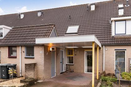 Rolklaver 104 in Deventer 7422 RC