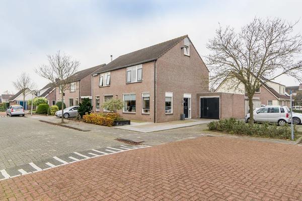 Tureluur 1 in IJsselmuiden 8271 HD