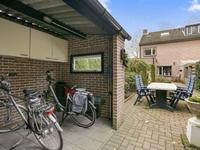 Rode Schouw 16 in Halsteren 4661 VA
