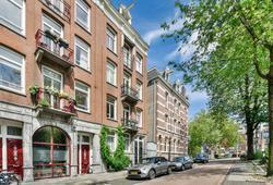 Jacob Van Lennepkade 2 1/2 in Amsterdam 1053 MJ