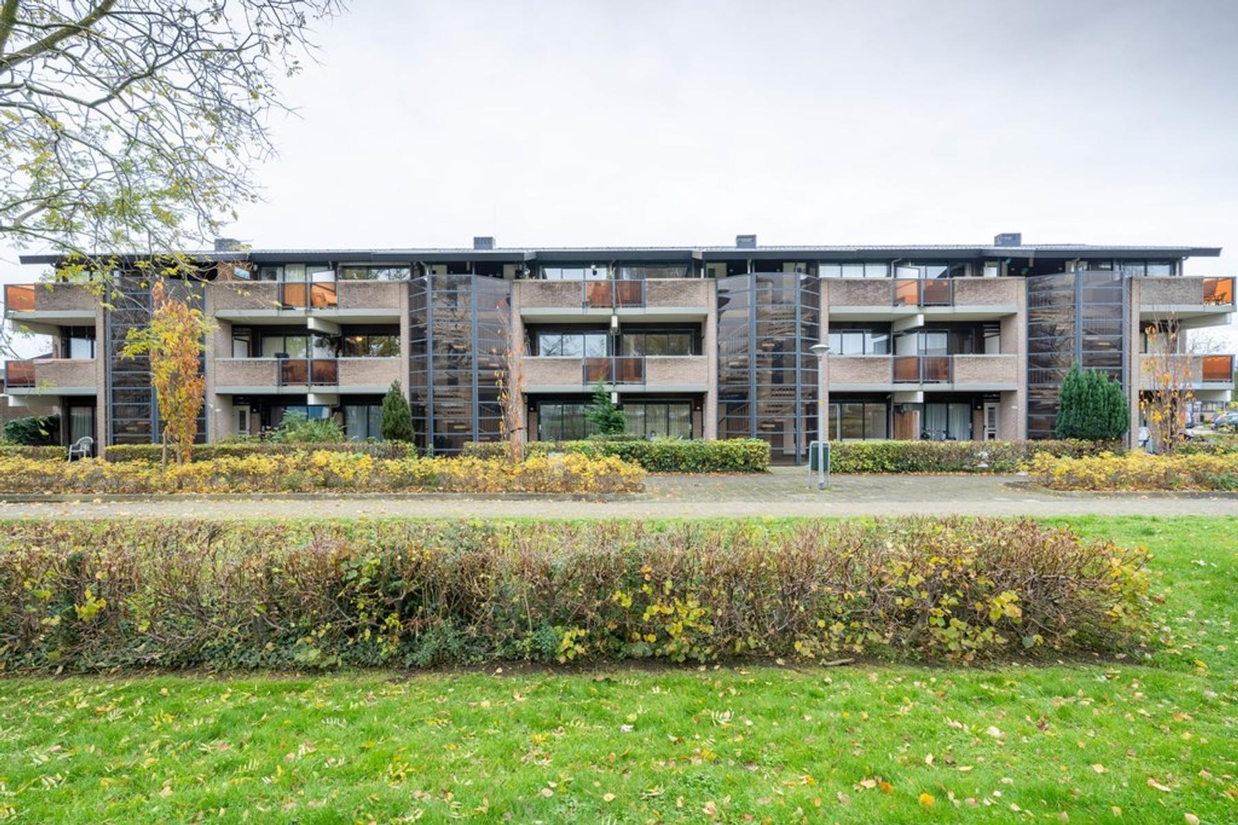 Lavendelplantsoen 7 in Almere 1313 EW
