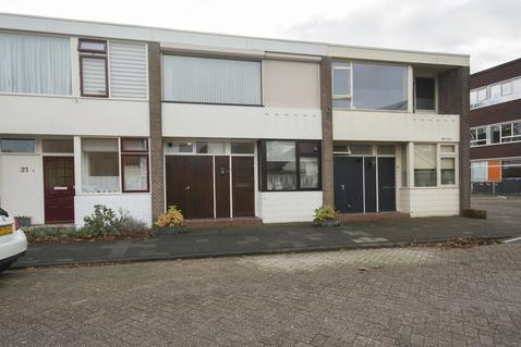 Maasstraat 33 in Hardinxveld-Giessendam 3371 SJ