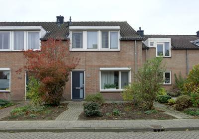 Tuinlaan 124 in Bemmel 6681 EX