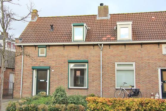 Poelsstraat 16 in Etten-Leur 4872 AV