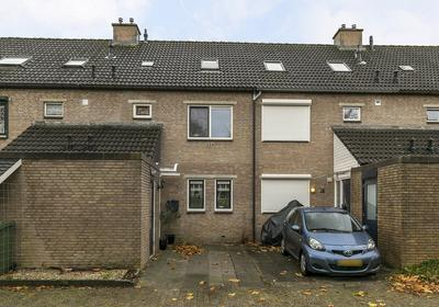 Meerkoet 43 in Hoogvliet Rotterdam 3191 DN