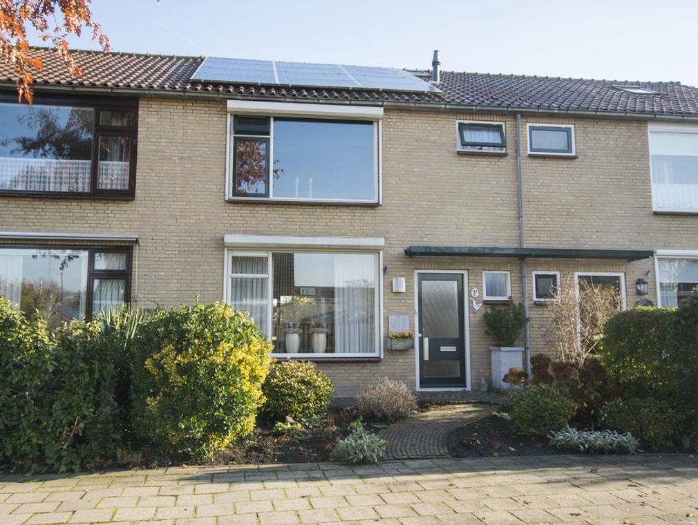 Schoonenburglaan 1 A in Nieuw-Lekkerland 2957 BA