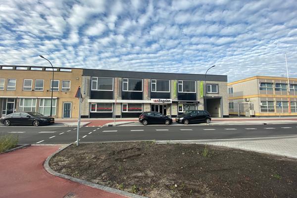 Grotestraat 401 in Waalwijk 5142 CB