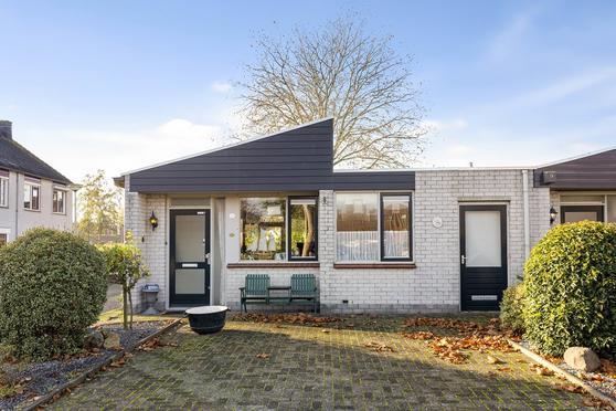 Simon Vestdijkstraat 36 in Tiel 4003 DX