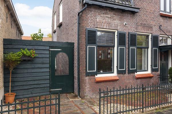 Piet Heinstraat 13 in Capelle Aan Den IJssel 2901 AT
