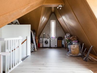 Ruys De Beerenbrouckplein 9 in Oosterhout 4902 VL