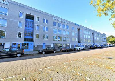 Bernard Shawsingel 104 in Amsterdam 1102 VC