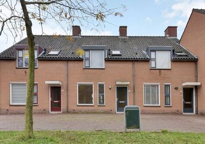 Van Rooijen-Plein 56 in Montfoort 3417 BM