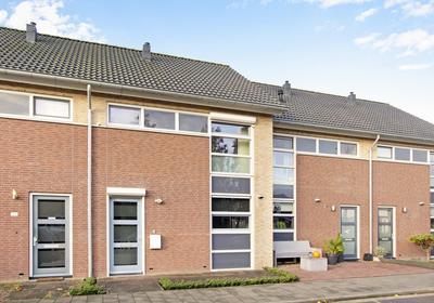 Wethouder Van Beuningenstraat 18 C in Winssen 6645 BL