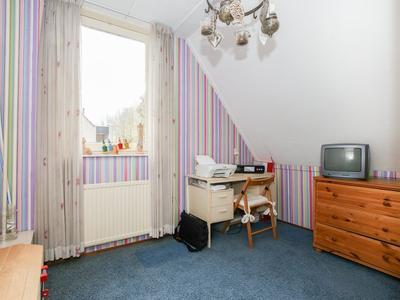 Scholeksterstraat 22 in Lekkerkerk 2941 PB