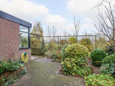 Jan Ligthartstraat 133 in Lekkerkerk 2941 SC