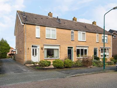 Schoolstraat 9 in Bunschoten-Spakenburg 3751 EK