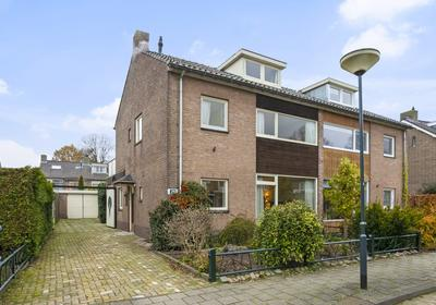 Jacob Van Ruisdaelstraat 29 in Vught 5261 XD