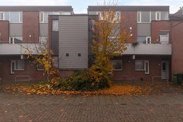 Baaksebeek 74 in Zwolle 8033 CE